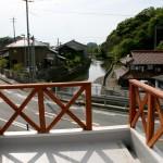 夕暮れの川の景観は、なんか、小樽の倉庫裏に流れる運河っぽくて勝手に気に入っています。