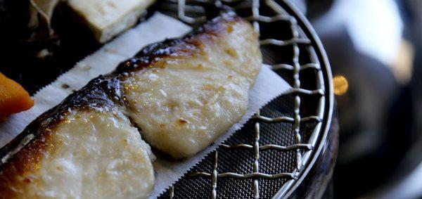 東洋美人の純米大吟醸酒粕で、漬け込んだ、「寒鰆の炙り蒸し」