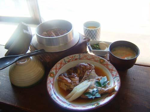 イカ釜飯と鯛かぶとアラ煮